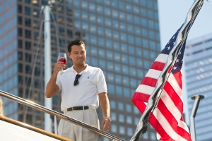 Di Caprio in una scena del film The wolf of wall street